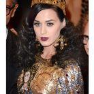 Parce qu'elle se fait dépasser en cool-itude par Katy Perry