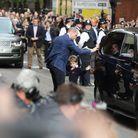 George a été le premier à descendre de voiture