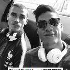 Grizou et Varane dans le bus direction l'aéroport