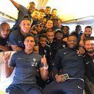 Une belle photo de famille dans l'avion !
