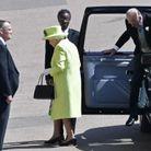 La reine Elizabeth II et le prince Philip arrivent au château de Windsor