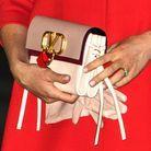 Le clutch signé Valentino de Meghan Markle