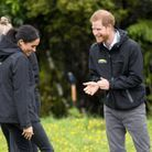 Le Prince Harry s'incline devant Meghan Markle, qui vient de le battre