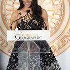 Meghan Markle remet un prix en robe Oscar de la Renta lors des Australian Geographic Society Awards
