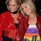 La jet-setteuse et sa soeur Nicki sur le tapis rouge