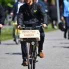 Petit tour à vélo pour le jeune papa