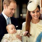 Le prince George devant l'archevêque de Canterbury