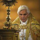La dédicace à Benoît XVI