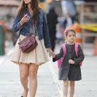 Direction l'école avec sa mère