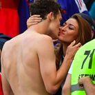 Après le match France-Argentine, le couple a échangé un fougueux baiser
