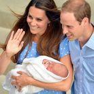 Kate salue la foule