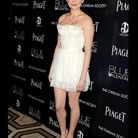 People tendance mode look robe blanche michelle williams