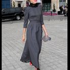 Natalia Vodianova en gris