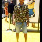 Autre signature de Pharrell, l'imprimé camouflage, comme ici sur un T-shirt.
