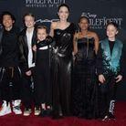 """Angelina Jolie et ses enfants lors de l'avant-première du film """"Maléfique"""""""