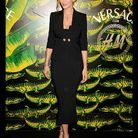 People tapis rouge soiree h m versace uma thurman