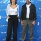 Romain Duris et Emma Mackey