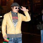 Johnny Depp se prête au jeu des photographes