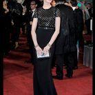 Anne Hathaway en Burberry