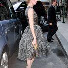 People tapis rouge defiles fashion week new york emma roberts