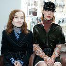 Isabelle Huppert et Mia Goth au défilé Chloé