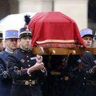 Le cercueil d'Arnaud Beltrame porté par de jeunes soldats