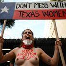 Au Texas, l'avortement devient quasi interdit et l'État offre une « prime » à la délation