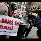 Mitt Romney et son chien