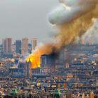La cathédrale a pris feu peu avant 19h