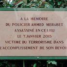 La plaque pour Ahmed Merabet