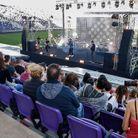 En Israël, des habitants de Tel-Aviv, vaccinés, ont pu assister à un concert dans un stade.