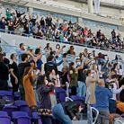 Le concert a été organisé par la municipalité, au Bloomfield Stadium.