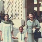 Barack Obama avec sa mère, Ann Dunham (à gauche) et sa grand-mère, Madelyn Lee Payne Dunham